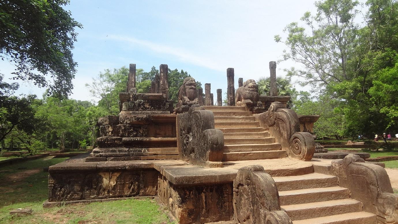 audience hall polonnaruwa