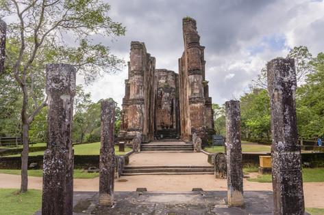 Image result for buddha statue at lankatilaka polonnaruwa ancient city