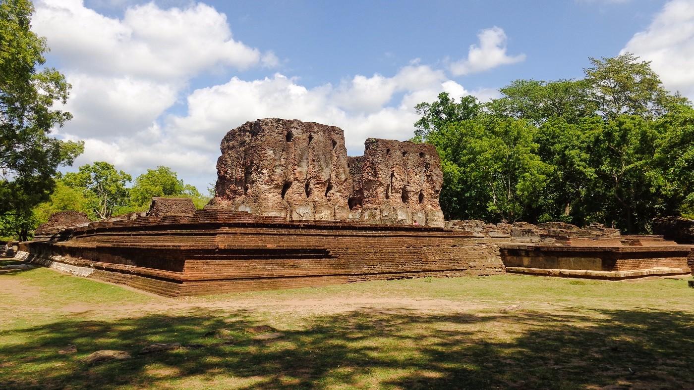 Polonnaruwa the ancient city