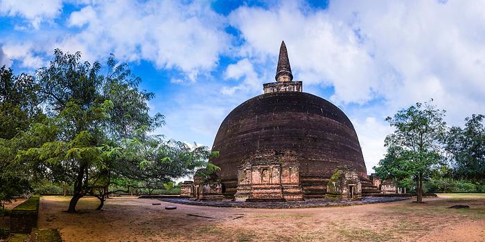 rankot vihara polonnaruwa ancient city