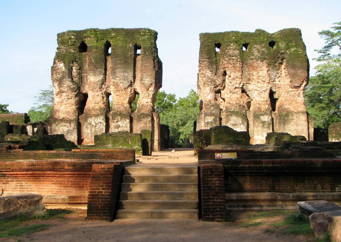 Attractions in Polonnaruwa